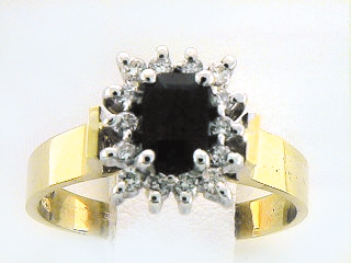 10K 14 STONE RECTANGULAR RING